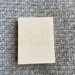 Kylie Cosmetics French Vanilla Highlighter